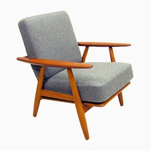 GE-240 Cigar Chair by Hans Wegner