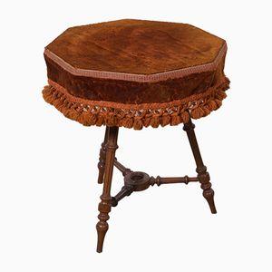 Antikes Rotes Samt Tischchen