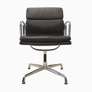 Chaises de Bureau EA208 Alu Soft Pad par Charles & Ray Eames pour Vitra, 1980s, Set de 8