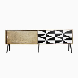 Skandinavisches Nussholz Sideboard mit Muster, 1960er