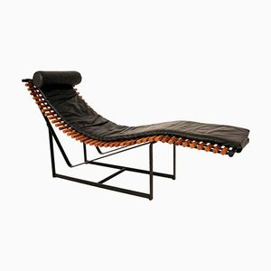 Chaise longue in similpelle nera, anni '70