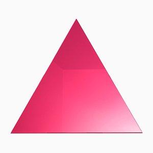 Dreieckiger WOW Spiegel in Grellem Pink von Dozen Design