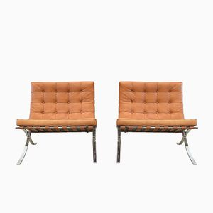 Vintage Barcelona Chairs by Mies van der Rohe for Knoll International, 1980s, Set of 2