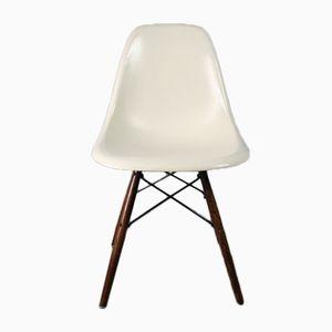 Weißer DSW Beistellstuhl von Charles & Ray Eames für Herman Miller, 1960er