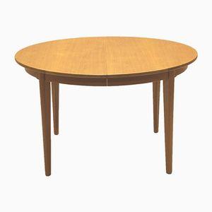 Vintage Model 55 Oak Dining Table from Omann Jun
