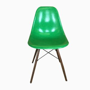 Grüner Mid-Century Glasfaser DSX Stuhl von Charles & Ray Eames für Herman Miller, 1960er