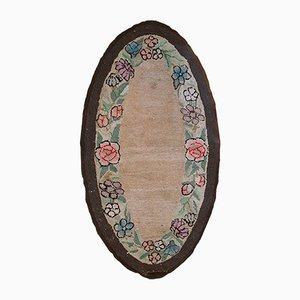 Antiker Amerikanischer Handgemachter Ovaler Teppich