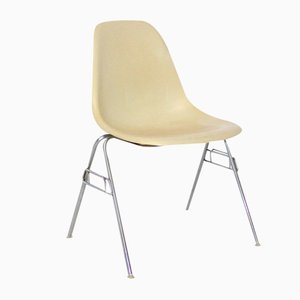 Vintage Model DSS-N Fiberglass Chair by Ray & Charles Eames for Herman Miller