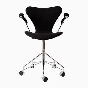 Chaise Series 7 Numer 3217 Vintage par Arne Jacobsen pour Fritz Hansen