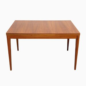 Vintage Extendable Dining Table in Walnut