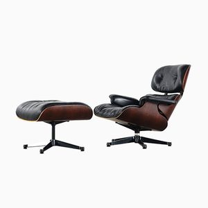 Eames Sessel und Ottomane von Charles & Ray Eames für Herman Miller