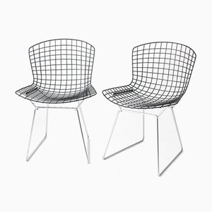 Mid-Century Wire Chairs with Black Seats & Chromed Bases by Harry Bertoia for Knoll, Set of 2