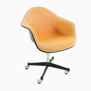 Vintage Terracotta Armchair by Ray & Charles Eames for Herman Miller