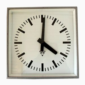 Vintage Bahnhofs Uhr von Pragotron, 1980er