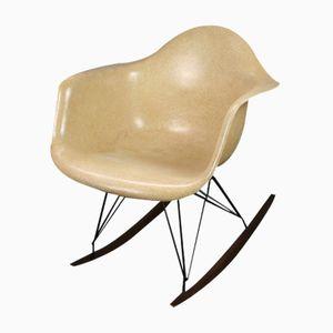 Beiger RAR Schaukelstuhl von Charles & Ray Eames für Zenith