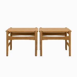Small Mid-Century Solid Oak Side Tables by Hans J. Wegner for Andreas Tuck, Set of 2
