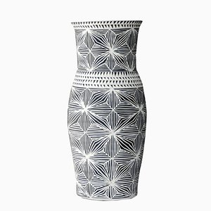 Vase Fineline par Dana Bechert