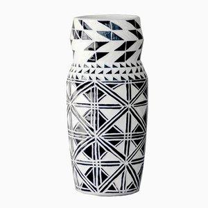 Angular Classic Vase von Dana Bechert