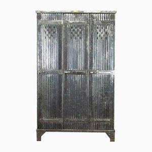 Polierter Vintage Spind mit Drei Türen von Strafor