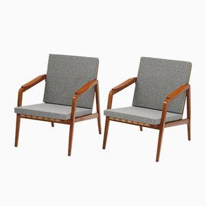 Mid-Century Czech Oak Lounge Chairs from Ton, 1950s, Set of 2