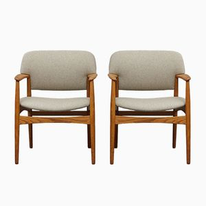 Oak & Light Wool Chairs by A. B. Madsen and E. Larsen for Fritz Hansen, 1960s, Set of 2
