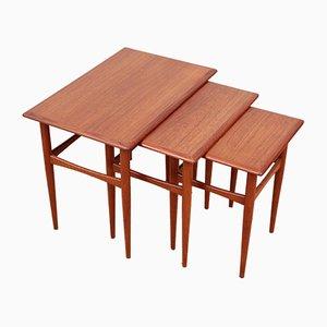 Tavolini a incastro Mid-Century in teak, Scandinavia, anni '50