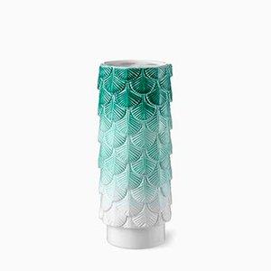 Vaso Plumage verde e bianco decorato a mano di Cristina Celestino per BottegaNove