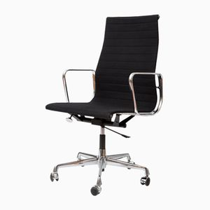 Aluminium EA 119 Chair by Charles & Ray Eames for Vitra