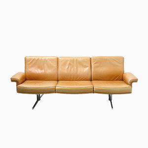 Schweizer Vintage Kamel Leder Dreisitzer Sofa von De Sede