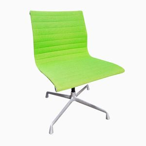 EA 105 Konferenz Stühle von Charles & Ray Eames für Herman Miller, 6er Set