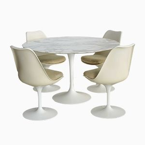 Dining Set by Eero Saarinen for Knoll International, 1960s