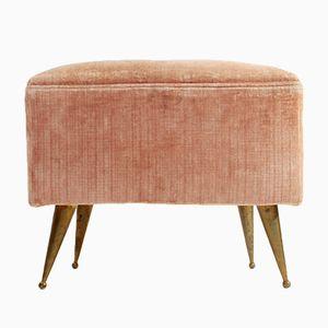 Pouf di velluto rosa con gambe in ottone, anni '50