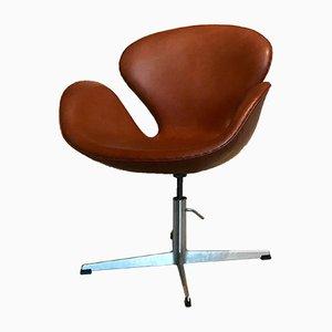 Sedia Swan vintage in pelle di Arne Jacobsen per Fritz Hansen