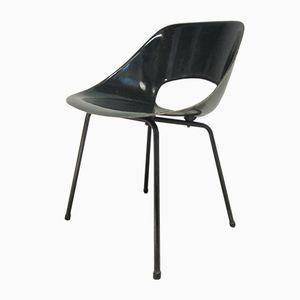 Filigraner Französischer Mid-Century Glasfaser Stuhl von Pierre Guariche für Steiner