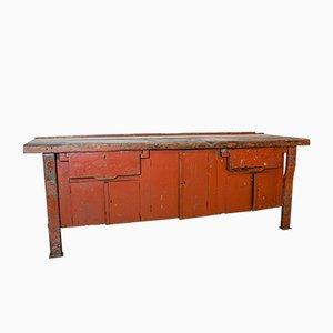 Rote Vintage Werkbank