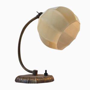 Funkis Wandlampe aus Opalglas & Messing, 1940er