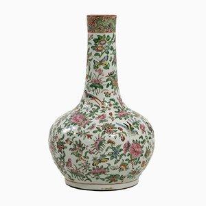 Chinesische Florale Porzellanvase, 19. Jh.