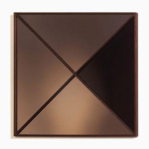 Specchio a muro Constructivist moderno quadrato in rame di Nina Cho