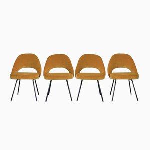 Vintage Chairs by Eero Saarinen for Knoll, Set of 4