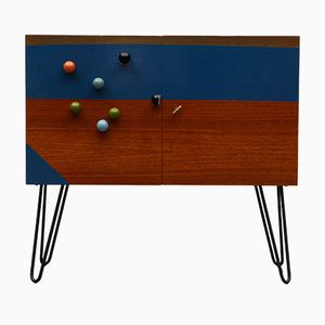 Universelle Gleichung Cabinet by Markus Friedrich Staab, 2017