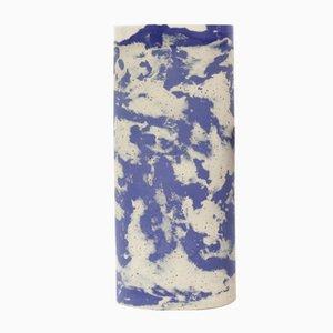 Vaso alto cilindrico in ceramica blu e a puntini di Maevo, 2017