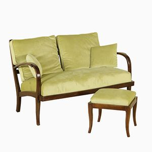 Italienisches Sofa aus Gebeizter Eiche & Grünem Stoff mit Pouf, 1940er