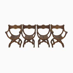 Französische Dagobert Stühle aus Geschnitzter Eiche, 1900er, 4er Set