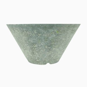 Grauer Vintage Zement Pflanzer von Eternit