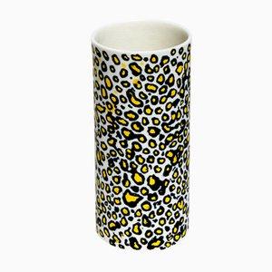 Leo Camouflage Vase von Ahryun Lee, 2017