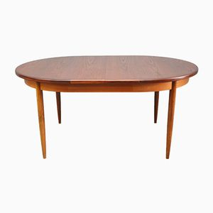Mid-Century Extendable Oval Teak Dining Table from G-Plan