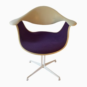 Nice Mid Century DAF Armchair By George Nelson For Herman Miller