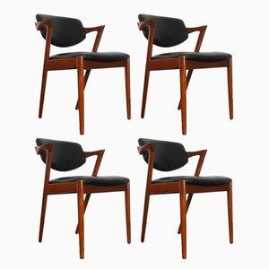 Teak & Kunstleder Modell 42 Esszimmerstühle von Kai Kristiansen für Schou Andersen, 1960er, 4er Set