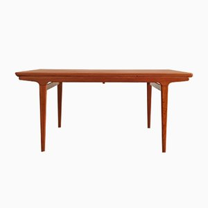 Extendable Danish Mid-Century Teak Dining Table by Johannes Anders for Uldum