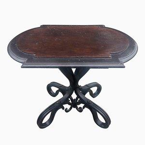 Antiker Tisch aus Geschnitztem & Geschwärztem Holz von Thonet